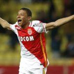 Arsenal fans beg Arsene Wenger to sign Kylian Mbappe